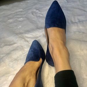 Steve Madden Feather Blue Suede shoes, size 7.5